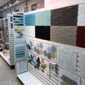 Large glass panels at CLAD Tile